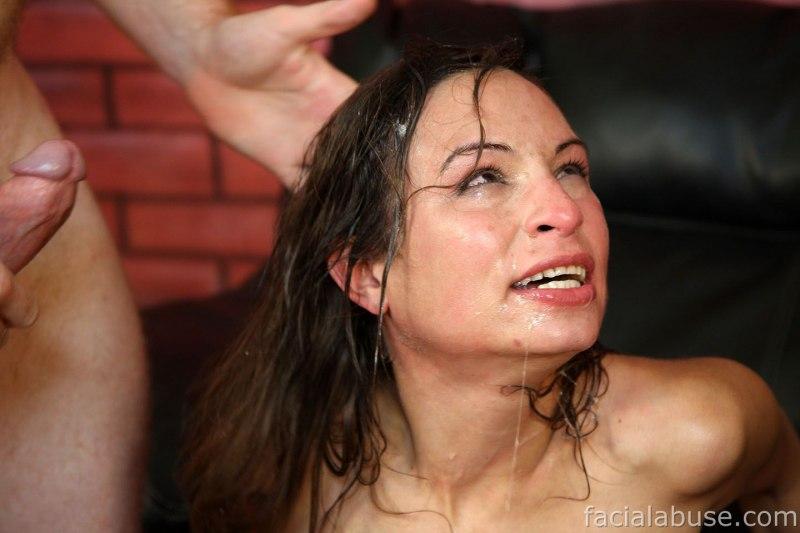 Facial amber abuse rayne